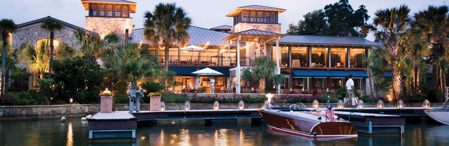 Lakefront resort with beautiful patio